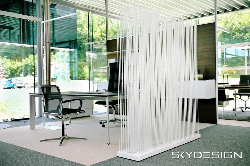 Weißer Skydesign Raumteiler für Büro Einrichtung - Büro Trenndwände Büro Trennwandsystem