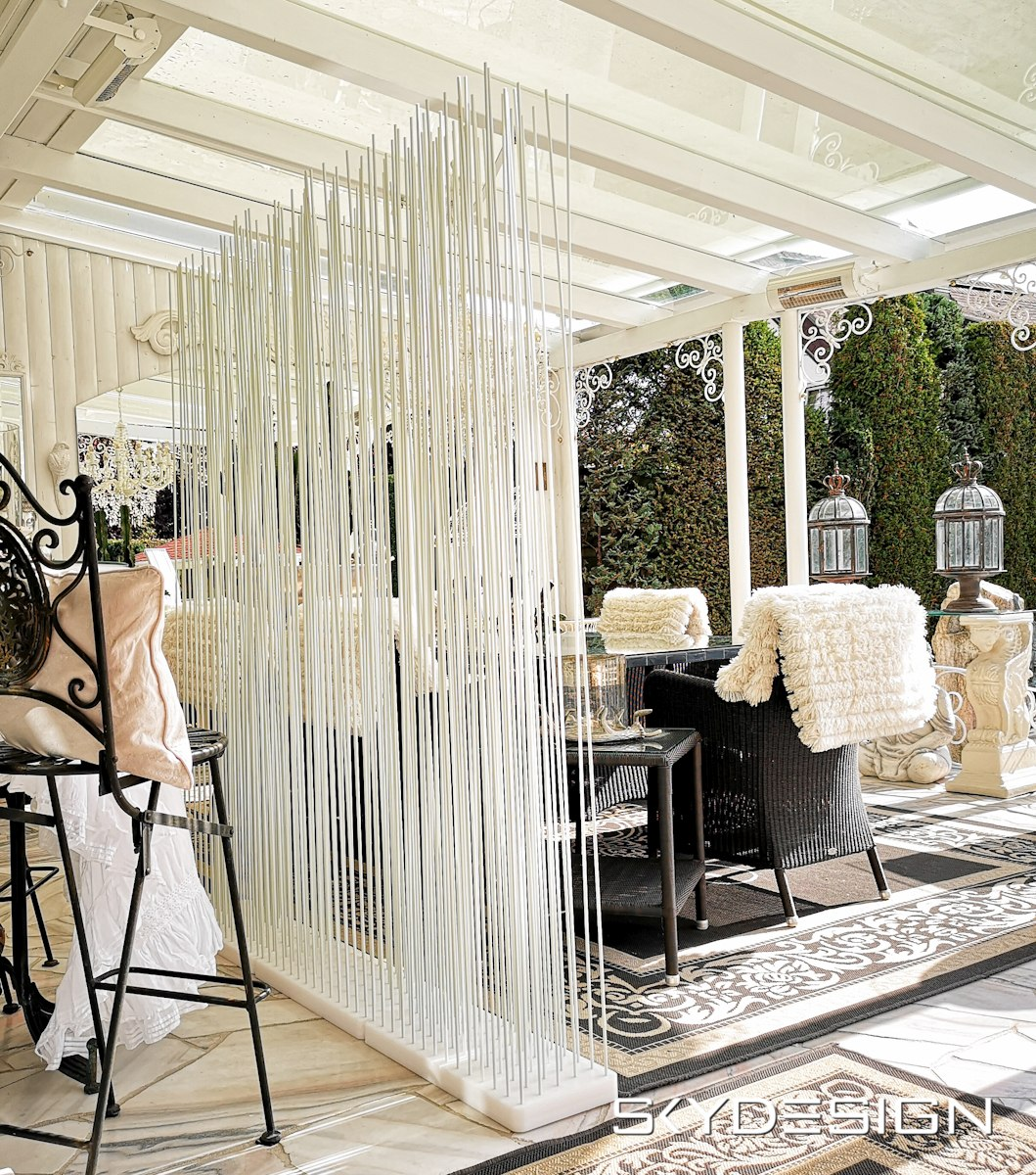Moderner Sichtschutz Für Die Terrasse In Weiss Skydesign News